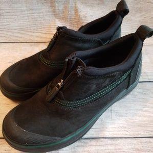 Clark's muckers outdoor low shoe 6.5 waterproof